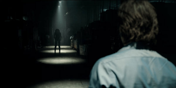 Lights Out Reignites Our Fear of the Dark